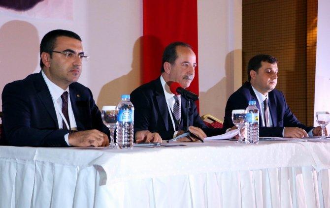 Yağlı Güreş Düzenleyen Kentler Birliği Başkanı Kafaoğlu oldu