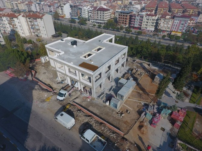 Yel değirmeni sosyal tesisleri hızla inşa ediliyor
