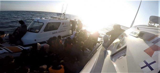 Hafta sonu Ayvalık'ta 99 mülteci yakalandı