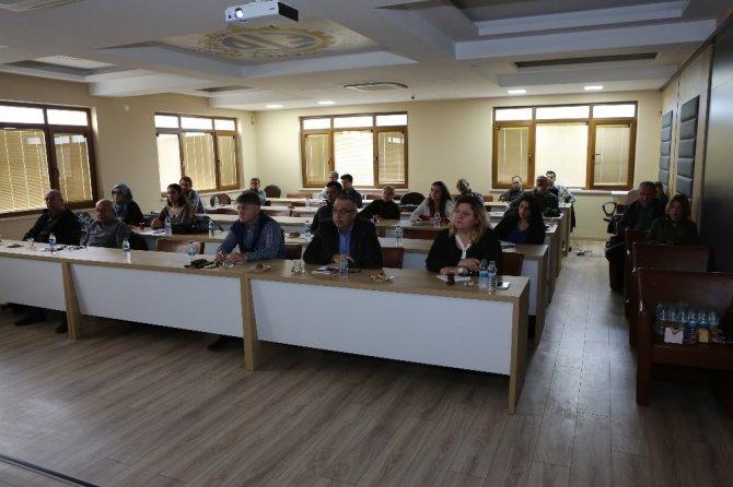 """Edremit Ticaret Odası """"Yeni Nesil Dış Ticaret İstihbarat Eğitimi"""" düzenlendi"""