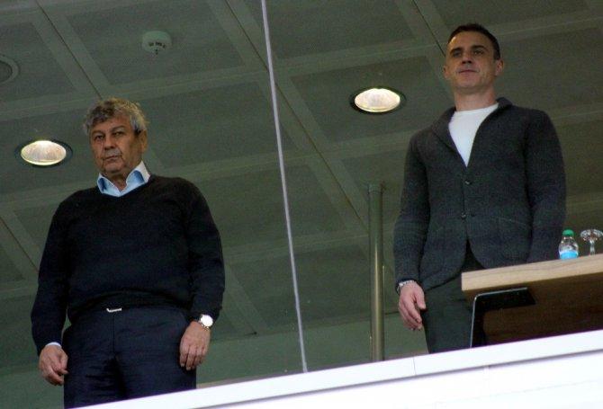 Lucescu, U21 maçını izledi