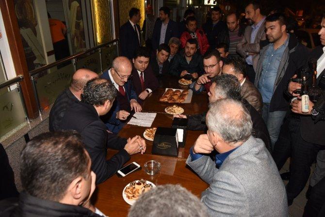 Başkan Kafaoğlu esnafı dinledi