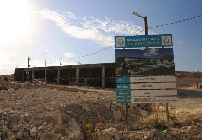Haliliye'de yarı olimpik yüzme havuzu yükseliyor