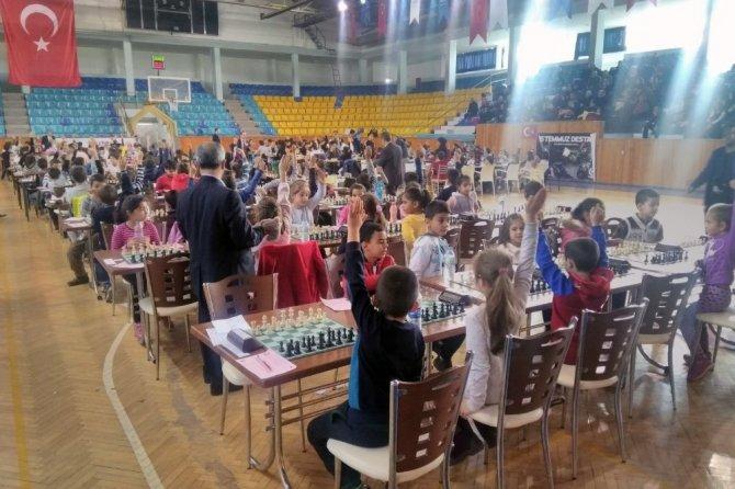 Satranç turnuvasının kazananları belli oldu