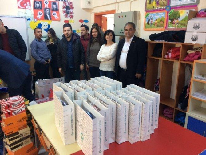 Kreş öğrencilerinden ilkokul öğrencilerine destek