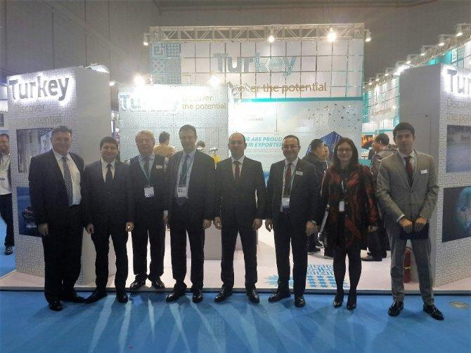 Türk otomotiv firmaları Çin'deki 72 milyar dolarlık pazarın peşinde