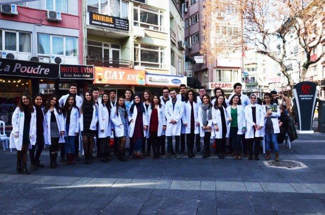Tıp Fakültesi öğrencilerinden ücretsiz sağlık kontrolü