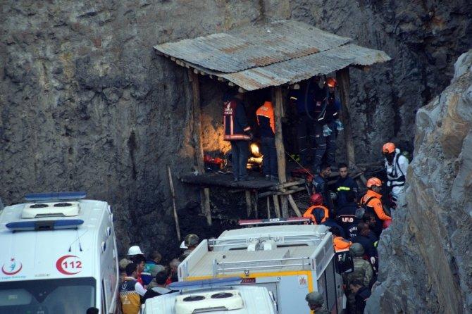 Şırnak'ta kuyuya düşen işçilerin cansız bedenine ulaşıldı