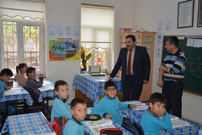 İlçe Milli Eğitim Müdürü Koç, okulları ziyaret etti