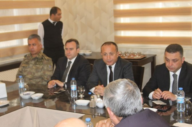 """Siirt Valisi Ali Fuat Atik: """"Kentin terörle anılmasını yıkacağız"""""""