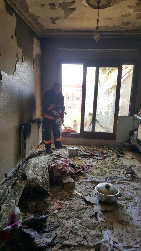 Kızıltepe'de evde tüp patladı: 3 yaralı
