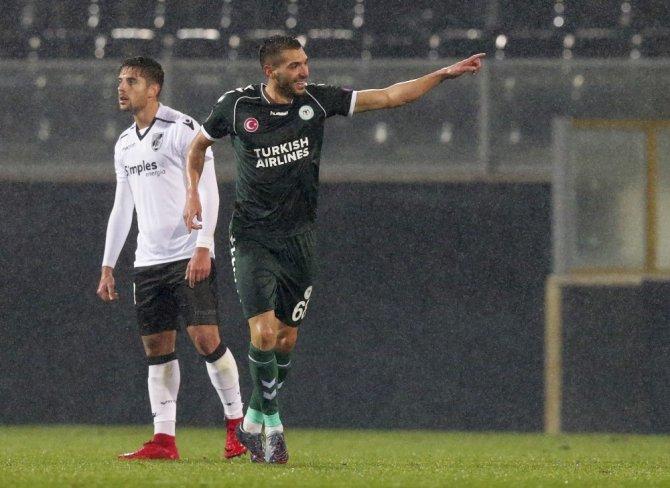 UEFA Avrupa Ligi: Vitoria Guimaraes 0 - Atiker Konyaspor: 1 (İlk yarı)