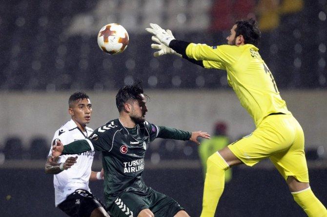 UEFA Avrupa Ligi: Vitoria Guimaraes: 1 - Atiker Konyaspor: 1 (Maç sonucu)