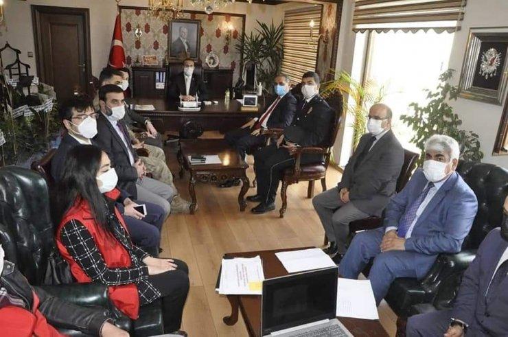 Gürün' de Aile İçi ve Kadına Şiddetle Mücadele toplantısı