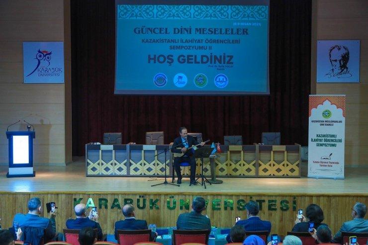 """KBÜ'de """"2. Kazakistanlı İlahiyat Öğrencileri Sempozyumu"""" düzenlendi"""