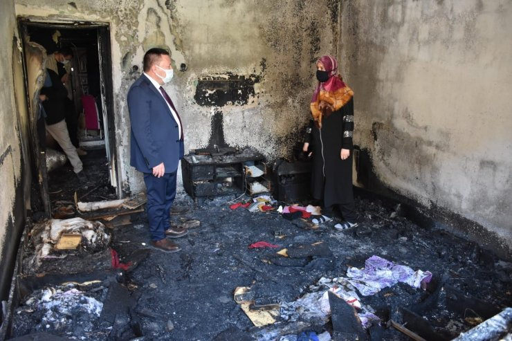 Evi yanan aileye moral ve destek hamlesi