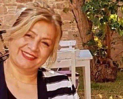 Anne ve kızı aynı gün korona virüsten hayatını kaybetti