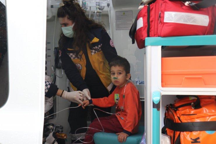 Sakarya'da 1 anne ve 3 çocuğu sobadan sızan karbonmonoksit gazından zehirlendi