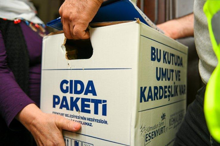 Esenyurt Belediyesi,Ramazan Ayı'nda da ihtiyaç sahiplerine gıda kolisi yardımında bulunuyor