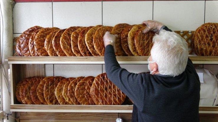 Ramazan özel lezzet tezgahlardaki yerini aldı