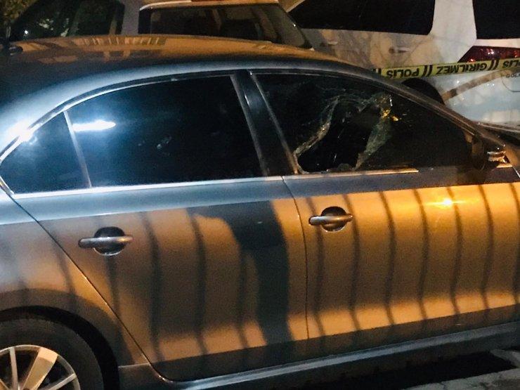 Site sakiniyle site yöneticisi silahlı kavga: 2 yaralı