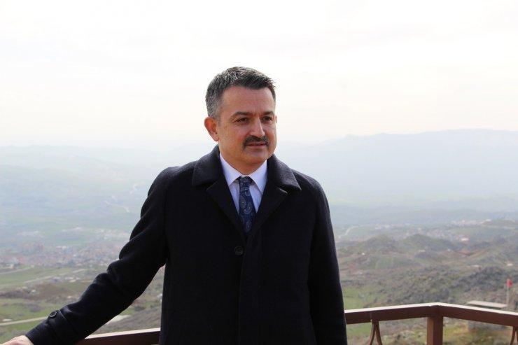Tarım ve Orman Bakanı Pakdemirli, uçakta yaşananları anlattı