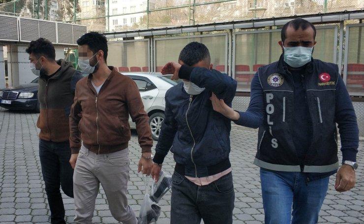 Uyuşturucu ticaretinden 3 kişi gözaltına alındı