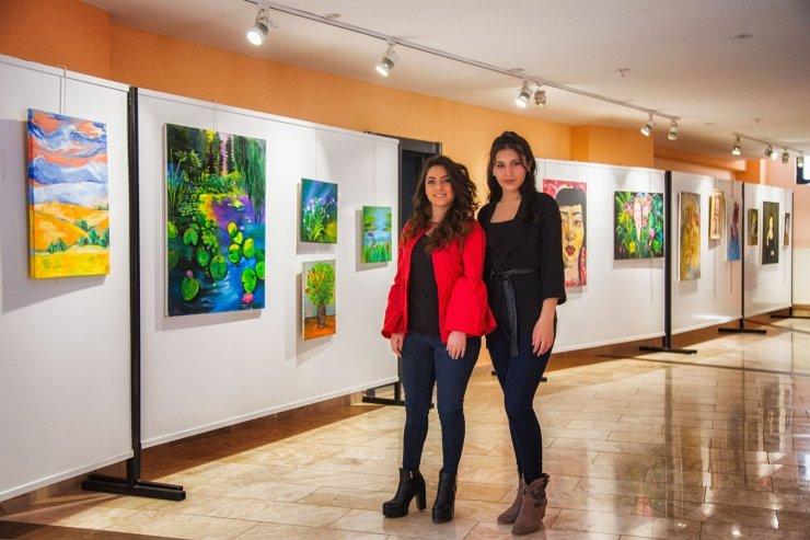 """Narven Sanat Sokağı'nda """"Rengin Derinliği"""" sergisi açıldı"""