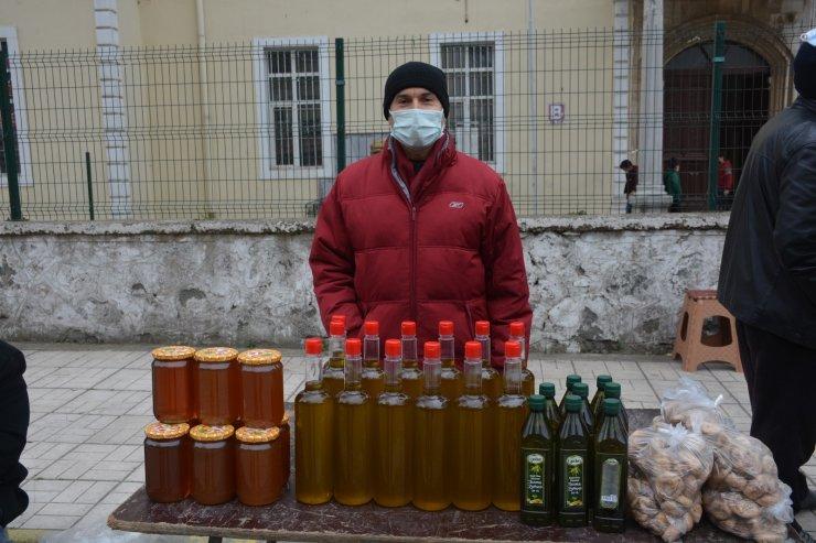 Aydın'ın yöresel ürünleri Sinop pazarında
