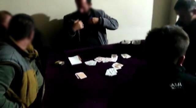 Bayburt'ta kısmi kapanma tedbirlerine aykırı davranan 12 kişiye idari para cezası uygulandı