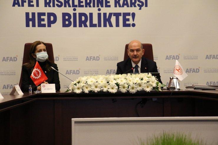 """AFAD ile DİSK arasında """"Afet Eğitim İşbirliği Protokolü"""" imzalandı"""