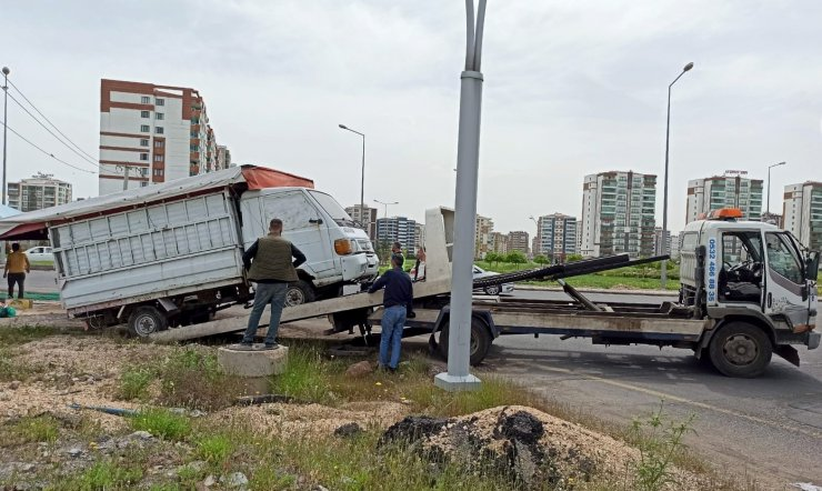 Diyarbakır Büyükşehir Belediyesi zabıta ekipleri kamusal alan işgallerini denetledi