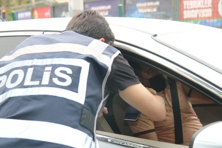 Diyarbakır'da tam kapanma denetimlerle sürüyor