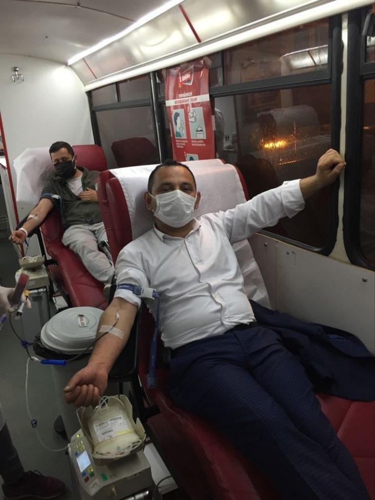 Kadir Gecesinde kan bağışında bulundular