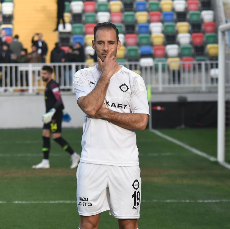 Altaylı Paixao üst üste 3. kez gol kralı