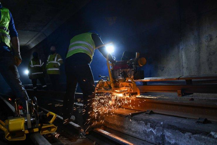 Ankara Metrosu'nda aşınan raylar yenileniyor