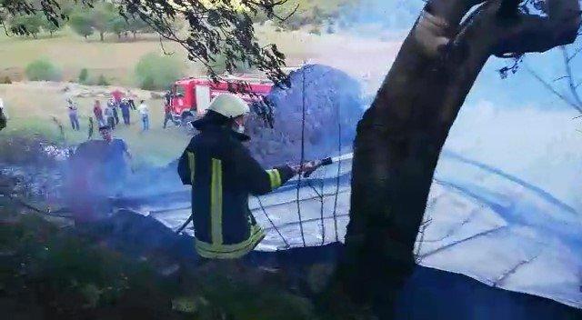 Amasya'da samanlık yandı, 10 ton saman kül oldu