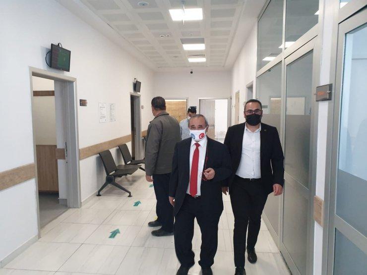 Başkan Şahin sağlık personelleri ile bayramlaştı