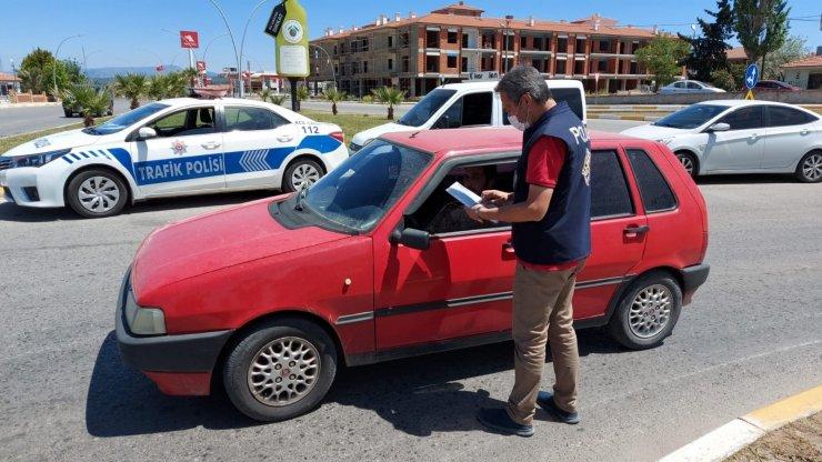 Ayvalık'ta tam kapanma günlerinde polis denetimleri hız kesmedi