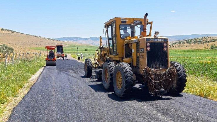 Türkoğlu'nda yollar yenileniyor