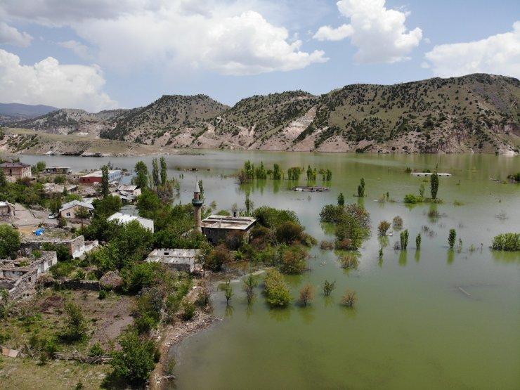 Karakurt Barajı gölü ilk kez havadan görüntülendi