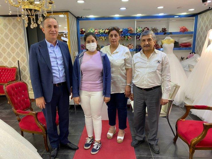 """AK Parti'li Ceylan: """"1 milyon 384 esnaf ve sanatkara 4 milyar 622 milyon lira hibe destek sağlanacak"""""""