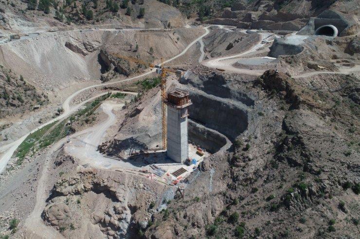 Artvin'de yol inşaatında kaza: 1 ölü