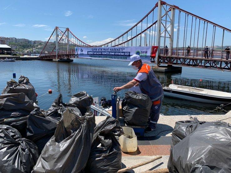 Bandırma'da 2 saatte denizden 200 torba çöp çıktı