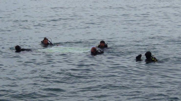 Giresun'da Dünya Çevre Günü'nde denizde çöp topladılar