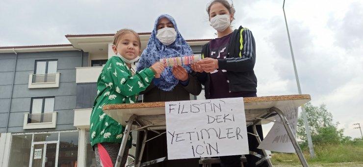 Bu çocuklar Filistinli akranları için tek yürek oldu