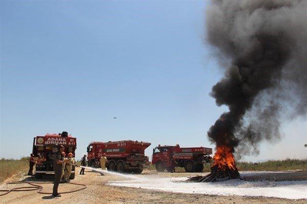 Adana'da yangın tatbikatı gerçeğini aratmadı