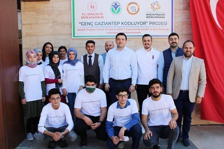 'Genç Gaziantep Kodluyor' projesinde eğitimler başladı