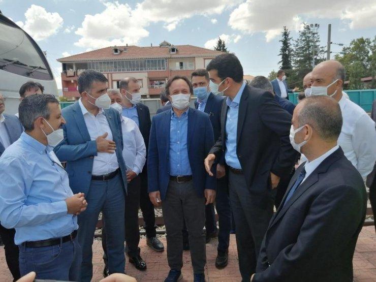 TCDD Genel Müdürü Uygun, alt geçitte inceleme yaptı