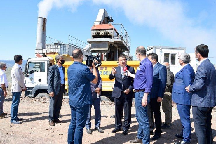 Başkan Gürkan, mobil plent tesisinde inceleme yaptı